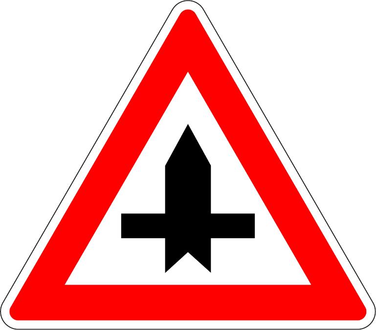Križovatka s vedľajšou cestou