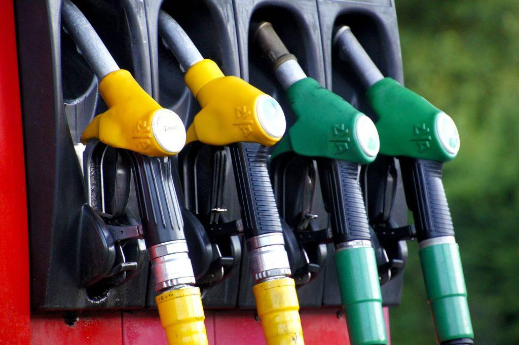 benzín e10 vs E5