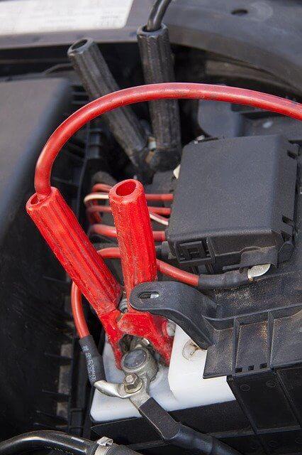 vybitá autobatéria